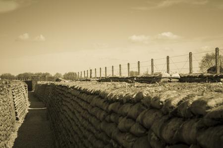トレンチの死の第 1 次世界大戦のベルギーのフランダース フィールズ