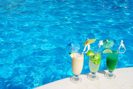 luxury party: Cocktails near the swimming pool