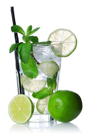 Mojito cocktail isolated on white. Soft reflection. Stock Photo - 5351454