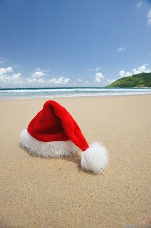 Santa's hat on a tropical beach Stock Photo - 5474718