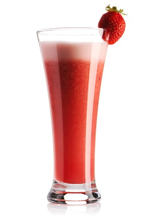 Strawberry smoothie: Fragola smoothie isolata on white