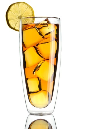 iced tea: Iced tea with lemon isolated on white