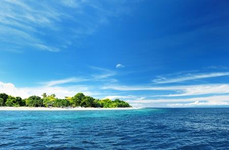 onbewoond: Mooie onbewoonde eiland op Filipijnen