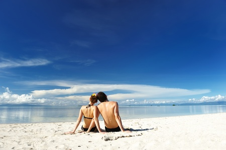 guy on beach: Couple on a tropical beach
