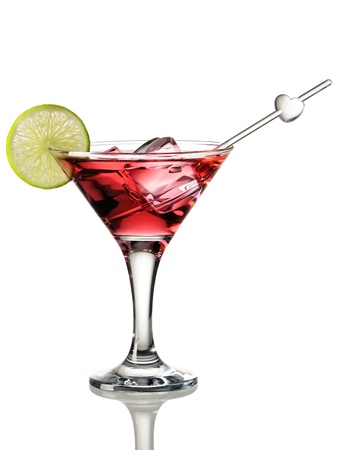copa de martini: C�ctel cosmopolita aislado en blanco Foto de archivo