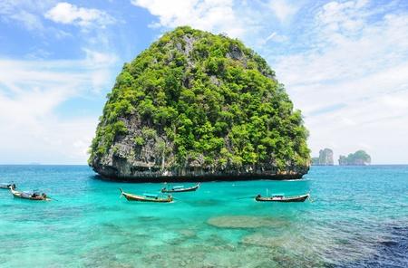 desert island: Beautiful uninhabited island in Thailand Stock Photo