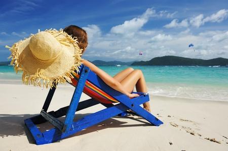 beachbag: Girl on a tropical beach in chaise lounge