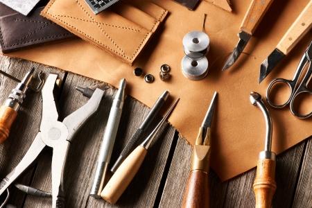 Leder Handwerkszeug Stillleben Lizenzfreie Bilder