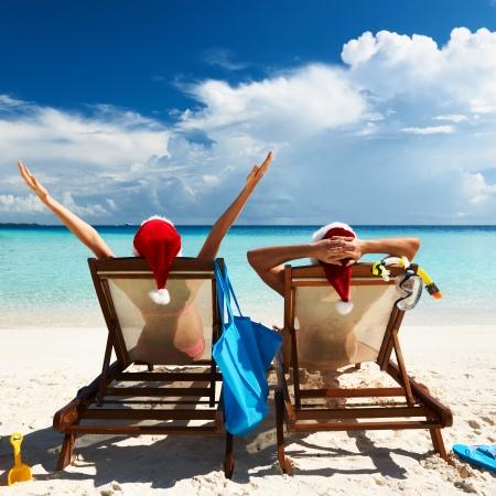 Couple on a tropical beach at Maldives Stock Photo - 23092862