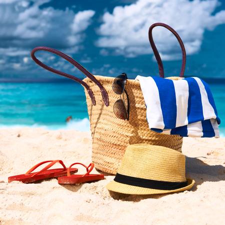 Bellissima spiaggia con il sacchetto alle Seychelles, La Digue