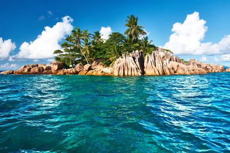 Hermosa isla St. Pierre en Seychelles Foto de archivo