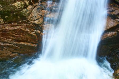 national forest: Sabbaday Falls en el Bosque Nacional White Mountain, New Hampshire, EE.UU..