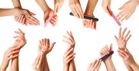 muchas personas: Mujeres hermosas manos con manicura conjunto francés