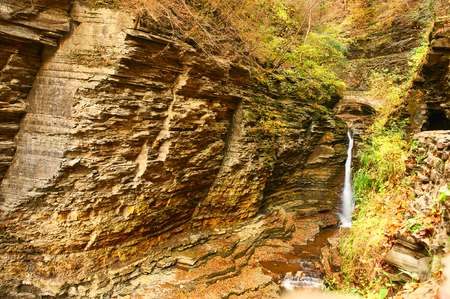 glen: Cave waterfall at Watkins Glen state park, New York, USA