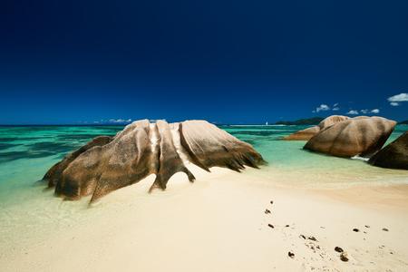 la digue: Beautiful beach at Seychelles, La Digue, Anse Source dArgent