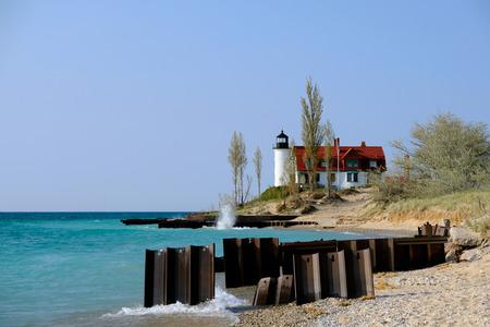 lake michigan lighthouse: Point Betsie Lighthouse, built in 1858, Lake Michigan, MI, USA Foto de archivo