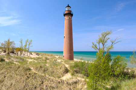 mi: Little Sable Point Lighthouse in dunes, built in 1867, Lake Michigan, MI, USA