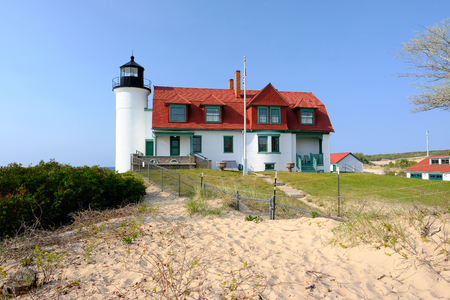 lake michigan lighthouse: Point Betsie Lighthouse, built in 1858, Lake Michigan, MI, USA Foto de archivo