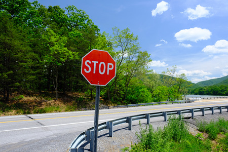 street sign: Empty highway in Pennsylvania at sunny summer day Stock Photo