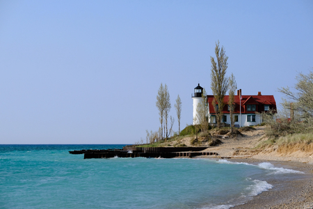 lake michigan lighthouse: Betsie faro, construido en 1858, el lago Michigan, MI, EE.UU.