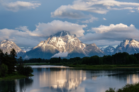 Grand Teton Mountains from Oxbow Bend on the Snake River at morning. Grand Teton National Park, Wyoming, USA. Stock Photo