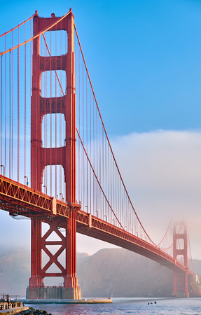 Golden Gate Bridge view from Fort Point at morning, San Francisco, California, USA Banque d'images - 116773114