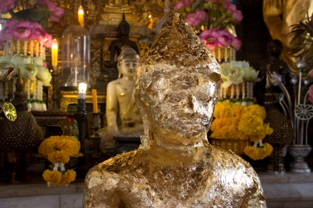 golden buddha Stock Photo - 18033578