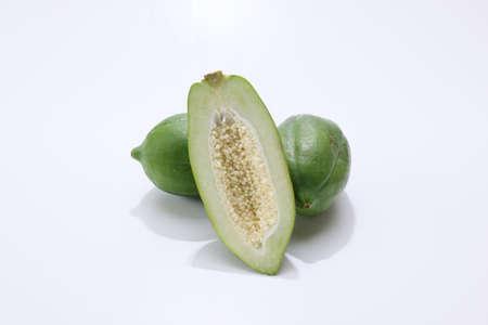 green papayas in a white background Reklamní fotografie
