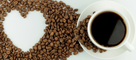coffe beans: Coffee and heart