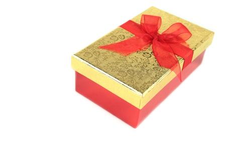 moños de navidad: Estuche de regalo sobre fondo blanco