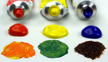 Primary oil colors mixing Stock Photo - 13012573