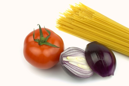 Spaghetti, tomato and red onion  photo