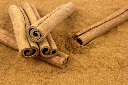 grounded: Cinnamon sticks and grounded cinnamon