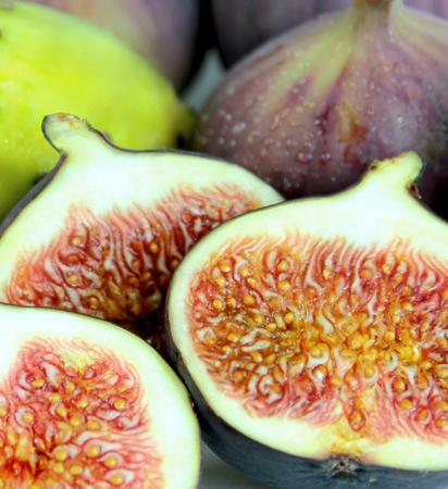 purple fig: Delicious fresh figs