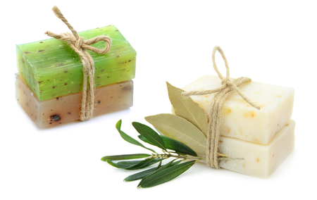 dafne: Natural herbal soaps with olive and daphne leaf