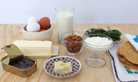 salad greens: rich in calcium, milk, salad greens, almonds, sardines Food 4