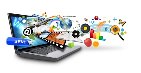 고립 된 노트북 흰색 배경에 화면 밖으로 돌출 많은 개체가 메일 다운로드 개념 또는 인터넷 연구 아이디어를 사용하여이