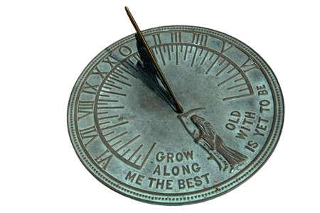 cadran solaire: Cadran solaire disolement sur le blanc Banque d'images