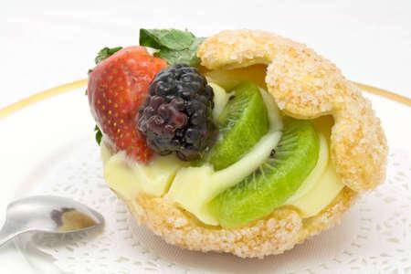 Original sugar-coated shell cake stuffed with custard and fruits