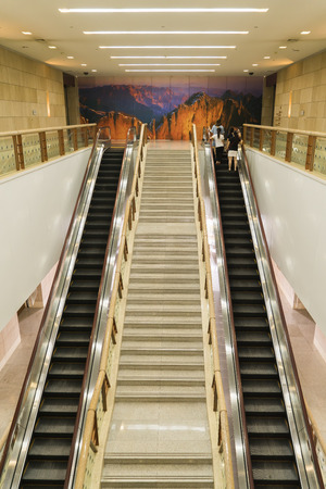 Shanxi Museum Escalator at Taiyuan City, China. Редакционное