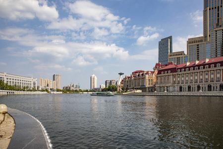 China, Tianjin, Haihe scenery 版權商用圖片 - 129746096
