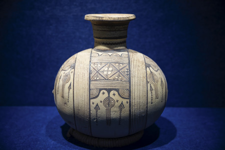China, Henan Province, Luoyang City, Luoyang Museum, Pingshan Yufu Collection Mediterranean Cultural Relics Exhibition, Mono-eared Geometric Silkworm Pottery Editorial