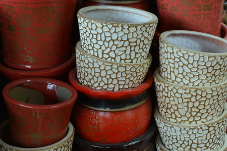 idle: Idle pots