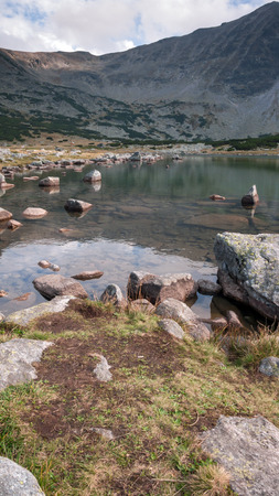 Landscape with Clear waters of Musalenski lakes, Rila mountain, Bulgaria 스톡 콘텐츠