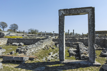 Ancient Entrance at archaeological site of Philippi, Eastern Macedonia and Thrace, Greece Banque d'images - 123113819
