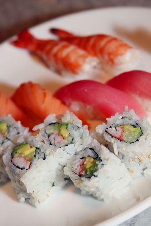 Sushi plate Imagens