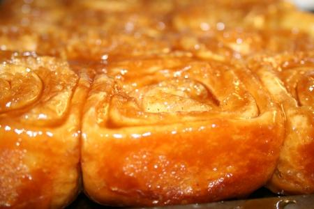 caramel rolls Imagens