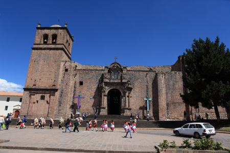 indios: Churches in Cuzco Editorial