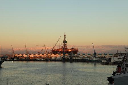 cycles: El puerto industrial de Ciudad del Cabo en Sud�frica