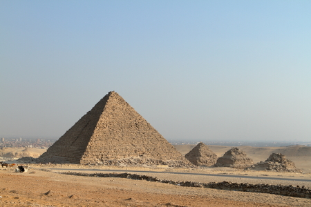 cheops: The Pyramids and Sphinx of Giza in Egypt